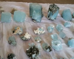 aqua crystals with mica