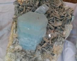 aquamarine stones with mica